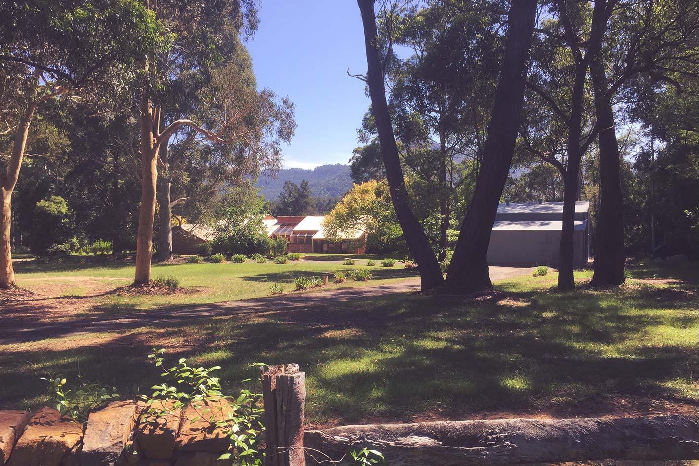 waymount-farm-grounds-02